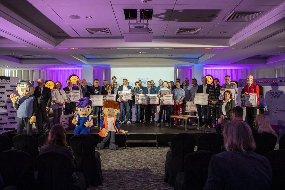 """190614wisn1 - """"Firma zaangażowana społecznie"""" 2018 - WIŚNIOWSKI otrzymuje główną nagrodę dziennikarzy"""