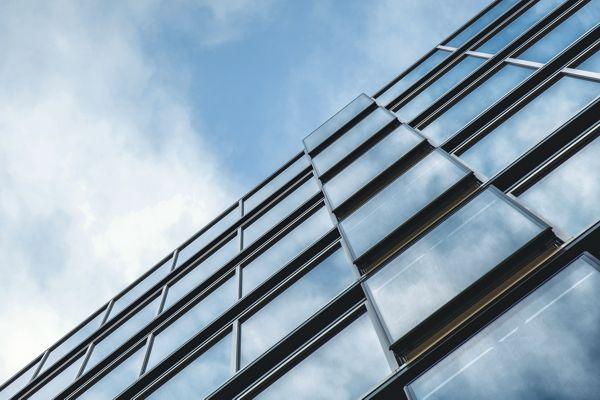 Świeży powiew architektoniczny - Adina Apartment Hotel